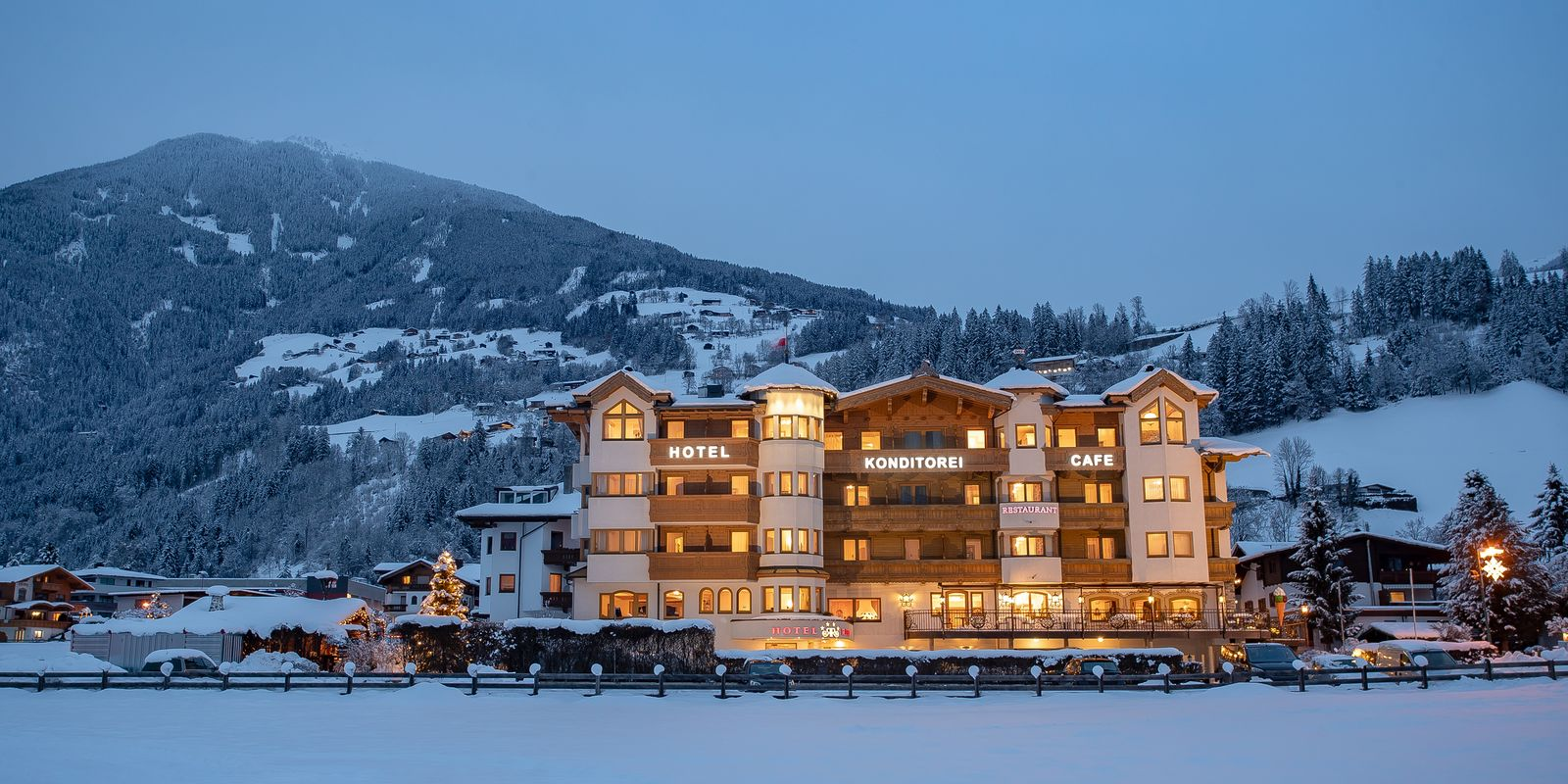 Hotel Riedl in winter