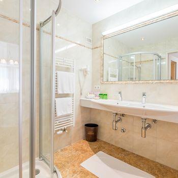 Badezimmer im Turm-Zimmer