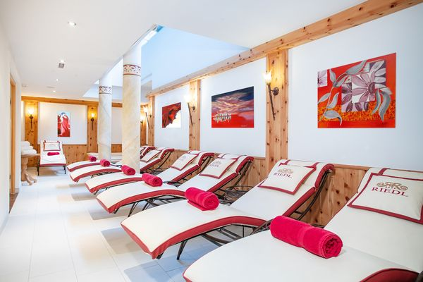 Relaxation room with loungers